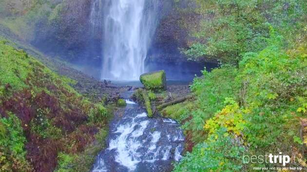 Oregon's Top Attraction Falls from Great Heights