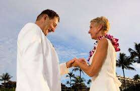How to choose your dress for a vow renewal or second wedding
