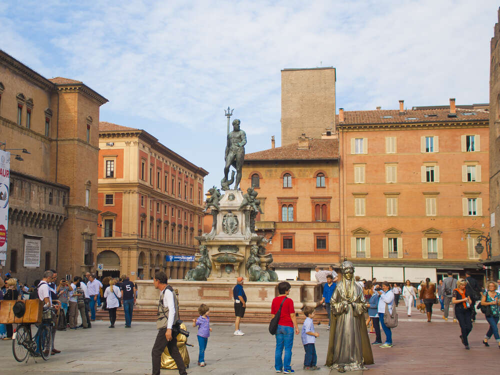 5 things you need to know about Bologna