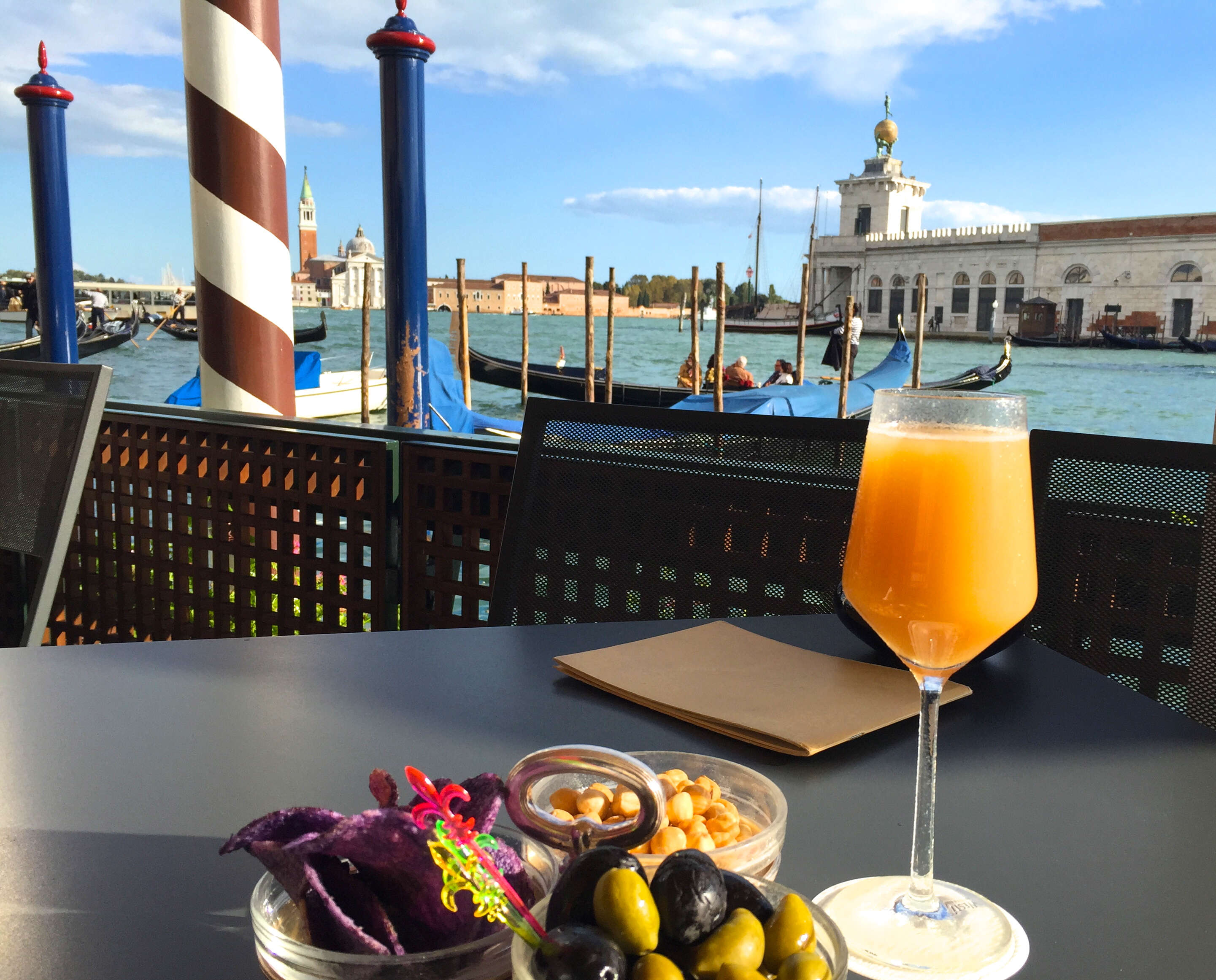 What to Order at the Bar in... Mediterranean Travel Destinations