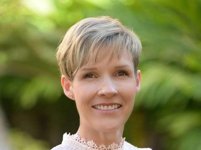 Cindy Cloke