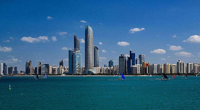 5 Reasons to Travel to the United Arab Emirates