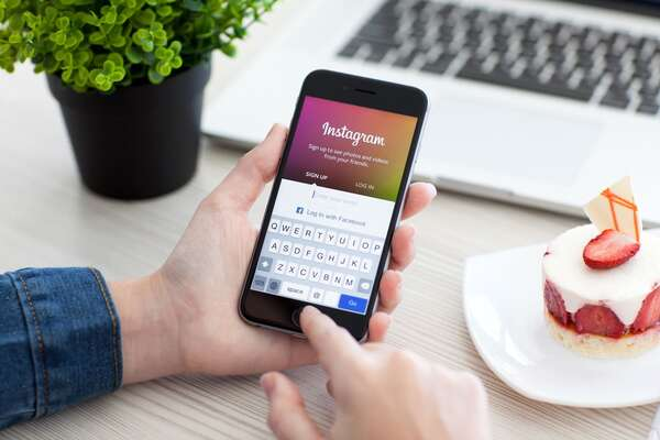 7 Tips for Mastering Instagram for Travel Agency Business
