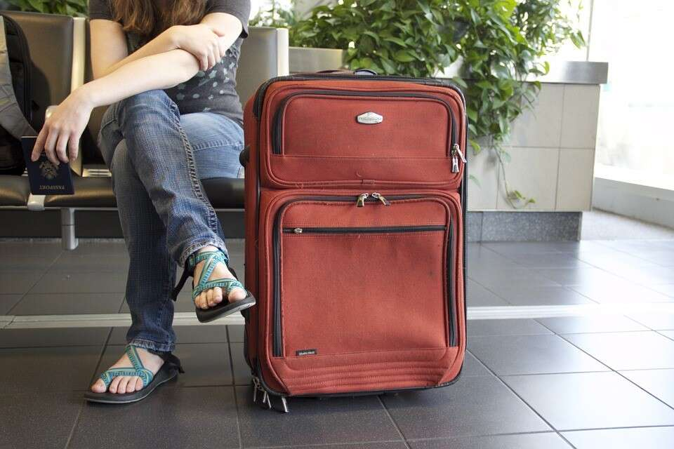 20 Things Every Traveler Absolutely Must Carry on Their Next Trip