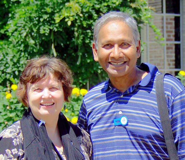 Das & Angela Sydney