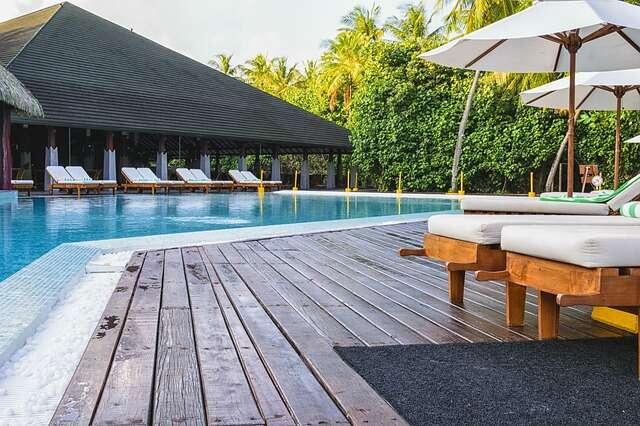 Enjoy the 4th Night Free or 25% off at Margaritaville Beach Resort Grand Cayman