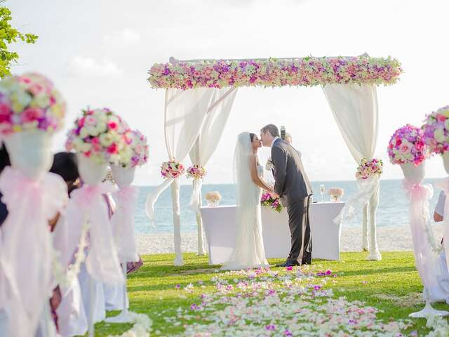 Romance/Destination Weddings