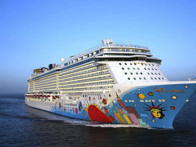 Norwegian Cruise Line Offers Free Airfare for Cruises to Hawaii, The Caribbean and Top Destinations