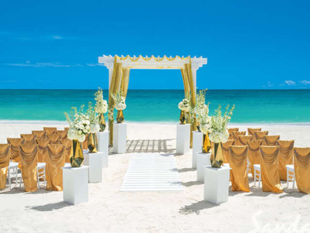 Destination wedding dreams do come true at Sandals Resorts