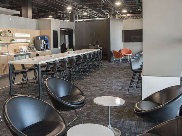 Air Canada Introduces Maple Leaf Lounge Express