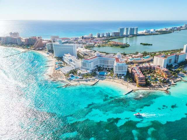 Cancun for lovers