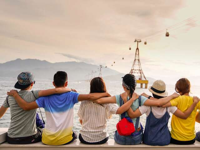 Seven Myths About Group Tours Debunked