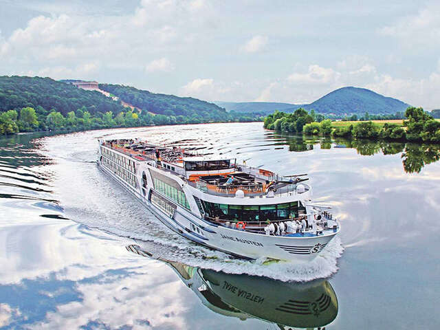 Riviera River Cruises Offers Europe for All, Plus A Special Wave Season Promotion