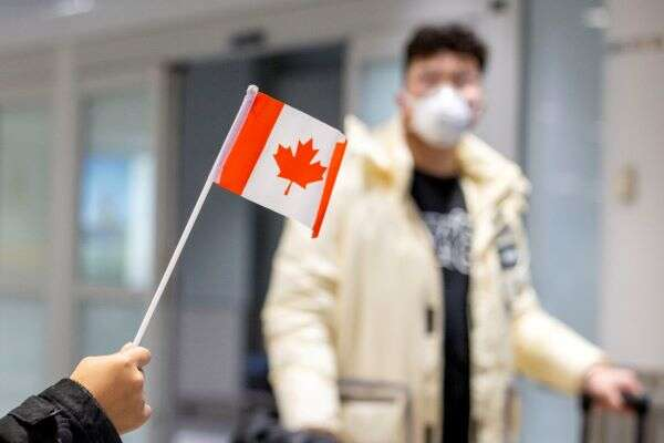 Canada to Require Negative COVID-19 Tests for All People Entering