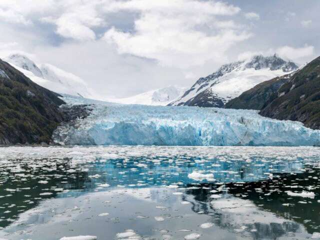 Exploration of Antarctica, Patagonia and Chilean Fjords