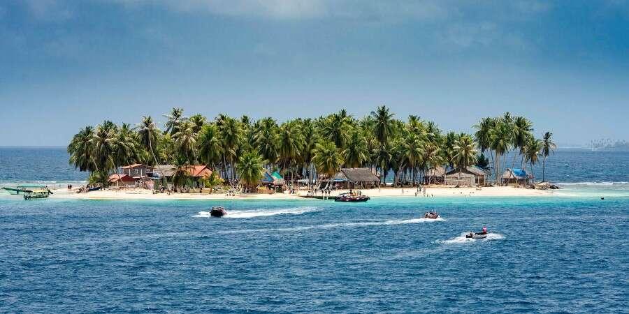 Eco-Conscious Paradise - San Blas Island, Panama