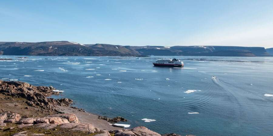 Largest Fjord on Earth - Scorebysund