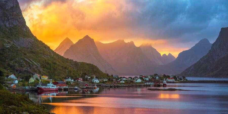 Idyllic Reine  - Reine - Full Day