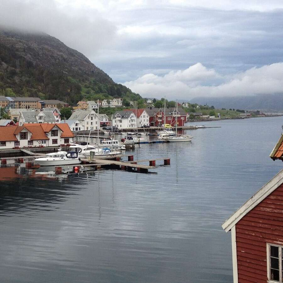 The hidden 'Frozen Bay'  - Kalvåg