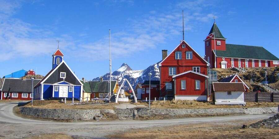 Modern settlement, ancient traditions  - Sisimiut, Greenland
