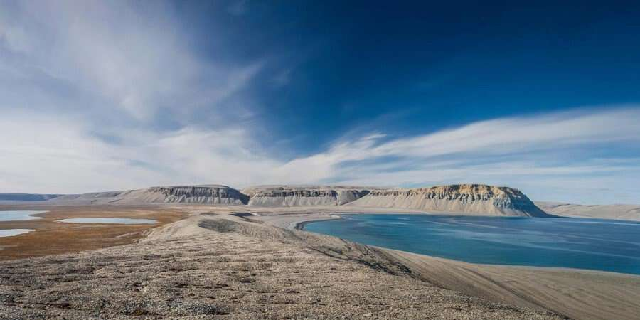 Abandoned Settlements and Wildlife Encounters - Landcaster Sound and Devon Island