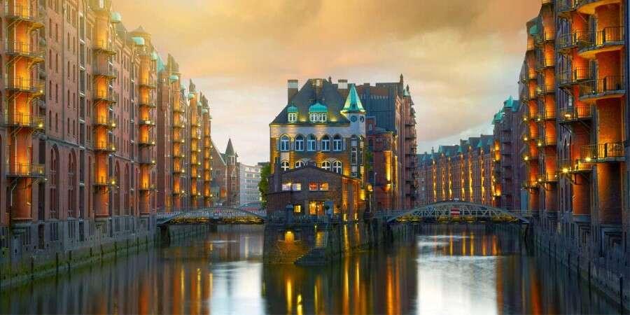 A Farewell in Hamburg - Hamburg, Germany
