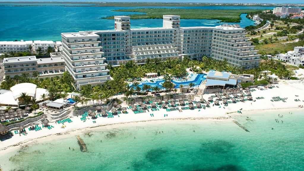 Riu Caribe Cancun, Mexico vacations, hotels, flights