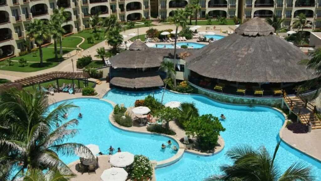 Emporio Cancun Cancun, Mexico swim up bar