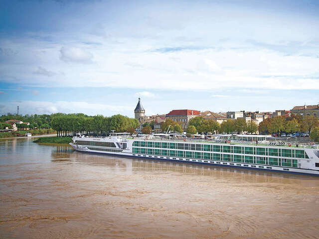 Savor Bordeaux on the 5-Star All-Inclusive Scenic Diamond