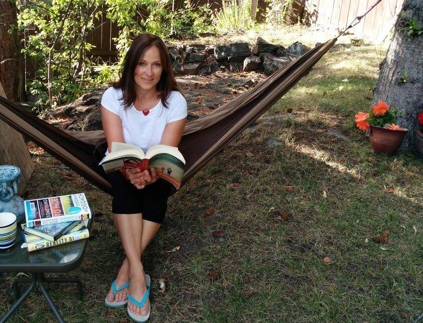 """Hammock and summer reads are the best"" swears Super Agent Heike"