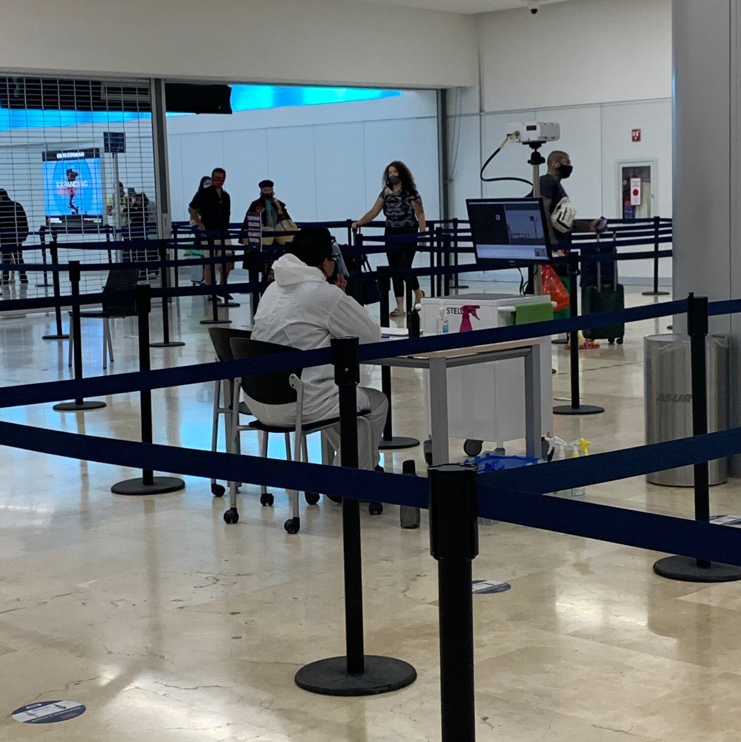 Temperature Scanning - Cancun International Airport