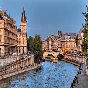 Reflections on the Seine – Cruise Only Northbound