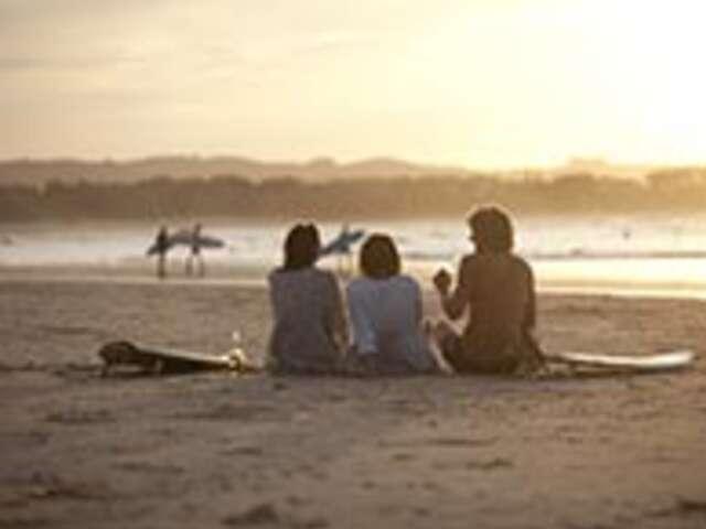 Sunsets and Surf with Sailing (Start Whitsundays) (Start Whitsundays, end Sydney)