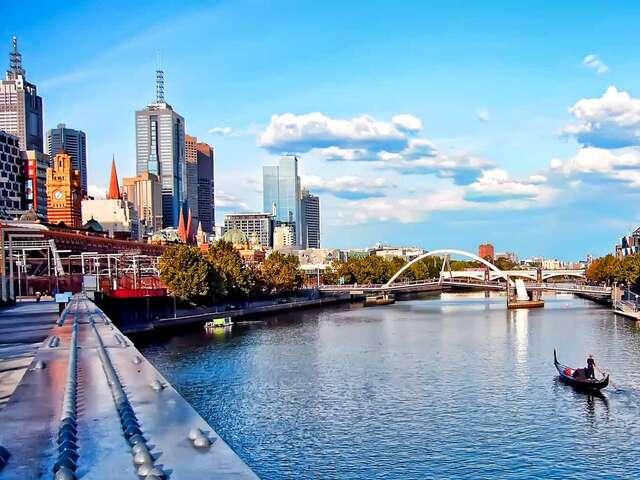 Contrasts of Australia Summer 2019