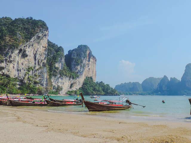 Thailand: Night Markets & Blue Waters