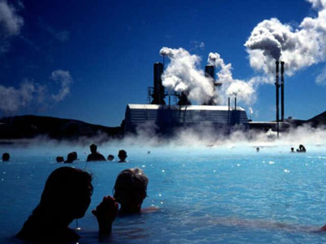 Local Living Iceland—Northern Lights & Reykjavík